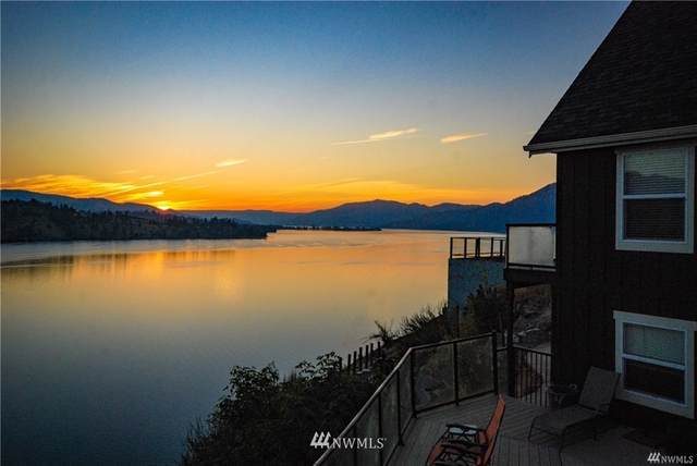 10490 S Lakeshore Road, Chelan, WA 98816 (#1725824) :: Priority One Realty Inc.