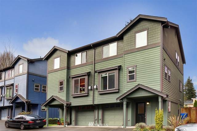 2136 N 113th Street B, Seattle, WA 98133 (#1726072) :: The Original Penny Team