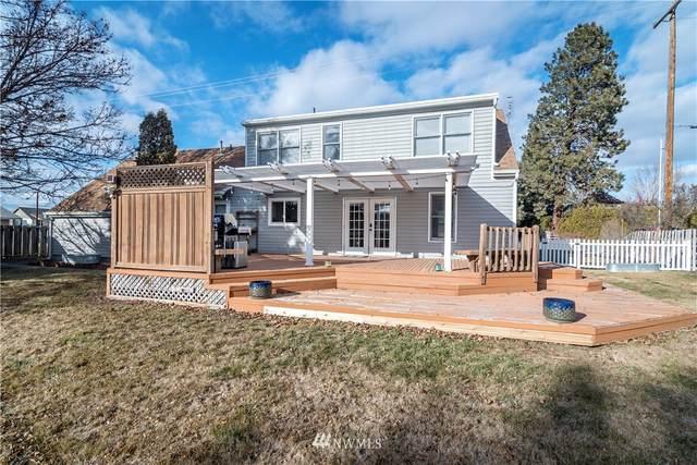 1208 E Mountain View Avenue, Ellensburg, WA 98926 (MLS #1726530) :: Brantley Christianson Real Estate