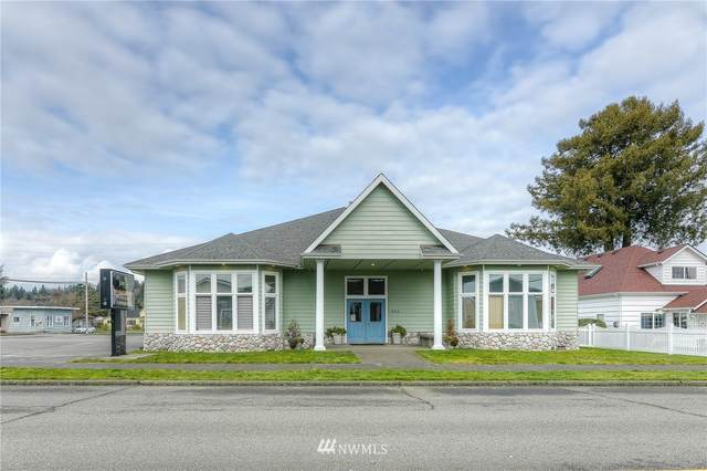 316 W Young Street, Elma, WA 98541 (#1729065) :: Shook Home Group