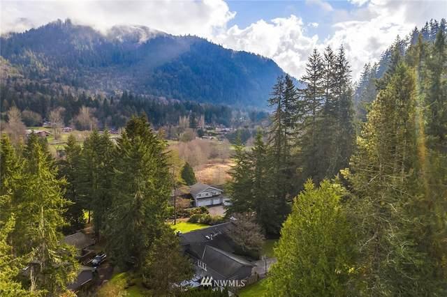 1574 Hillside Drive SE, Issaquah, WA 98027 (MLS #1729246) :: Brantley Christianson Real Estate