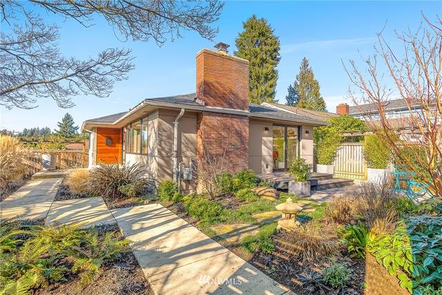 4216 NE 70th Street, Seattle, WA 98115 (MLS #1729293) :: Brantley Christianson Real Estate
