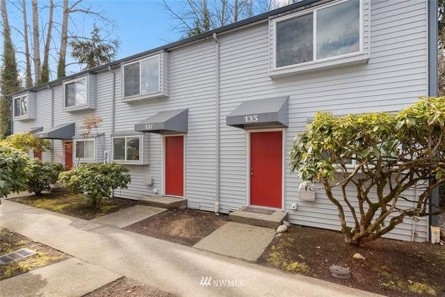 137 146th Avenue SE, Bellevue, WA 98007 (#1729491) :: Priority One Realty Inc.