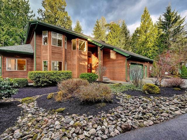 49816 SE Middle Fork Place, North Bend, WA 98045 (#1730052) :: The Snow Group