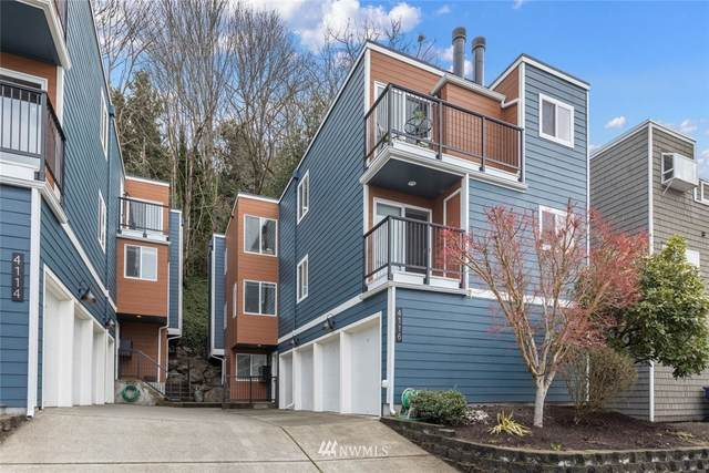4116 58th Place SW #4, Seattle, WA 98116 (#1730501) :: Shook Home Group