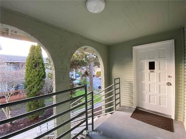 17305 NE 45th Street #126, Redmond, WA 98052 (#1730913) :: Shook Home Group