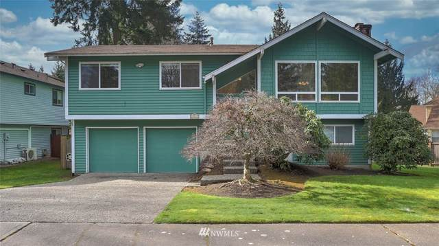 19517 138th Avenue SE, Renton, WA 98058 (#1730916) :: Costello Team