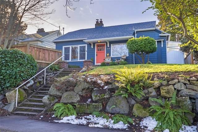 2555 5th Avenue W, Seattle, WA 98119 (#1731266) :: Keller Williams Realty