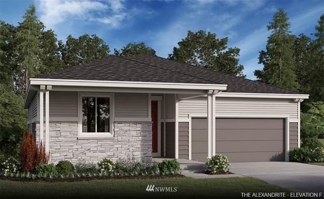204 Hogan Drive, Enumclaw, WA 98022 (MLS #1731305) :: Brantley Christianson Real Estate