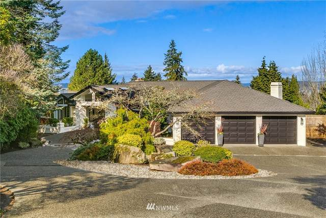 9102 NE 25th Place, Clyde Hill, WA 98004 (#1731447) :: Alchemy Real Estate