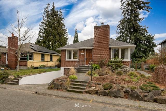 2322 50th Avenue SW, Seattle, WA 98111 (MLS #1731524) :: Brantley Christianson Real Estate