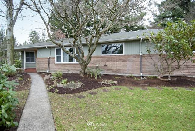 4621 180 Street SW, Lynnwood, WA 98037 (MLS #1731732) :: Brantley Christianson Real Estate