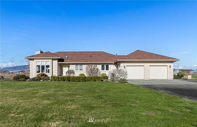 5690 Jones Road, Sumas, WA 98295 (MLS #1731767) :: Brantley Christianson Real Estate