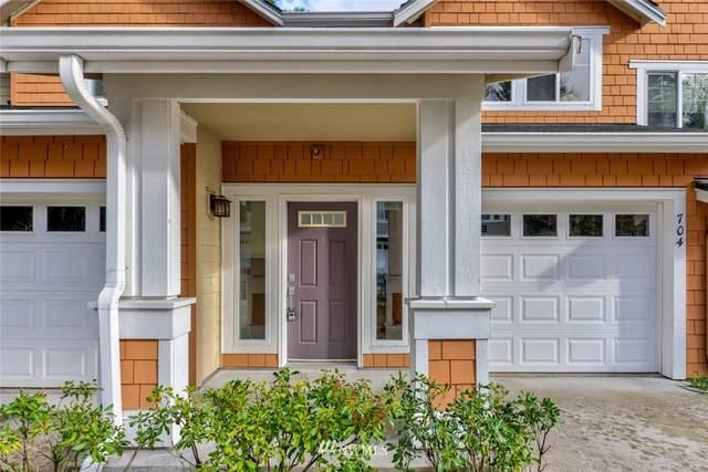 5517 Lakemont Boulevard SE #704, Bellevue, WA 98006 (#1731833) :: Shook Home Group