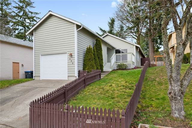 684 NE Flagstone Lane, Bremerton, WA 98310 (#1731969) :: Pickett Street Properties