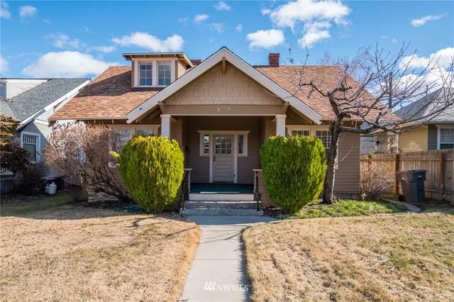 127 S Delaware Avenue, Wenatchee, WA 98801 (MLS #1732101) :: Brantley Christianson Real Estate