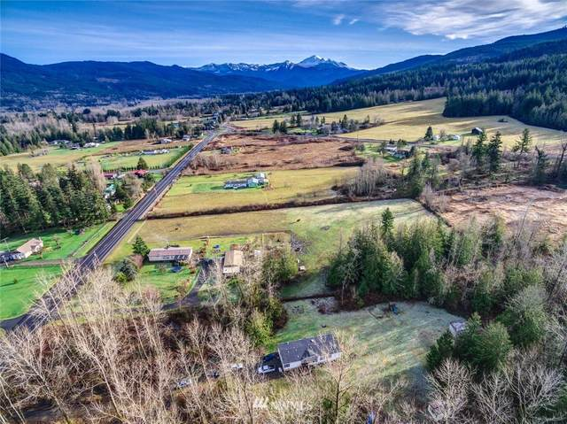 3281 E Smith Road, Bellingham, WA 98226 (#1732164) :: Keller Williams Western Realty