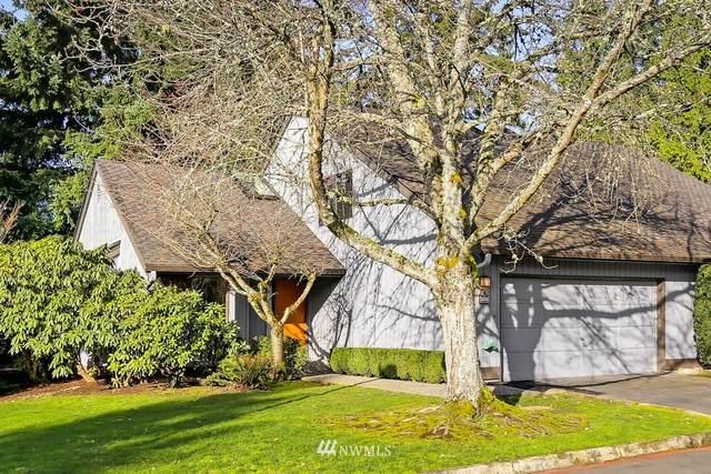1705 159th Avenue NE, Bellevue, WA 98008 (#1732165) :: Alchemy Real Estate