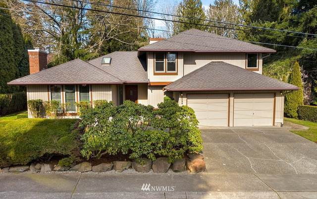 4238 NE 169th Court, Lake Forest Park, WA 98155 (#1732209) :: Northern Key Team