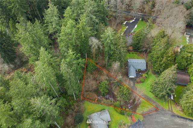 26027 Jade Court NW, Poulsbo, WA 98370 (#1732446) :: Costello Team