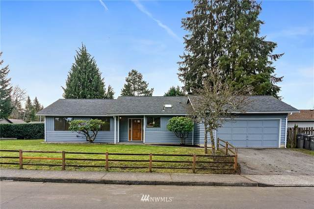 11033 NE 144th Street, Kirkland, WA 98034 (#1732518) :: The Snow Group