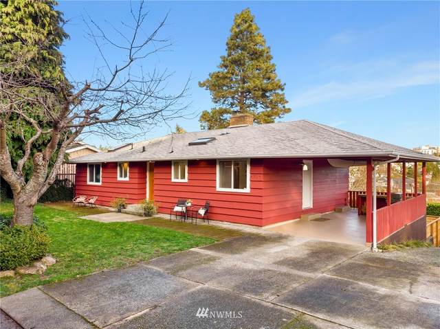 4716 51st Avenue SW, Seattle, WA 98116 (#1732530) :: The Original Penny Team