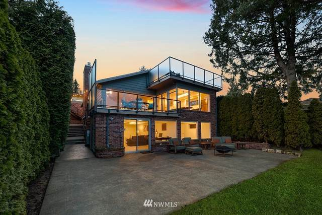 5450 39th Avenue W, Seattle, WA 98199 (#1732571) :: Alchemy Real Estate