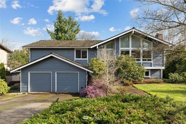 2212 109th Avenue NE, Bellevue, WA 98004 (#1732657) :: Costello Team