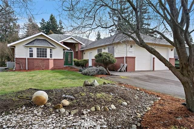 302 Edinburgh Drive, Camano Island, WA 98282 (#1732786) :: M4 Real Estate Group