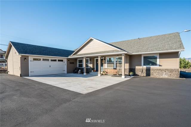 3086 Martin Place, East Wenatchee, WA 98802 (#1733241) :: The Kendra Todd Group at Keller Williams