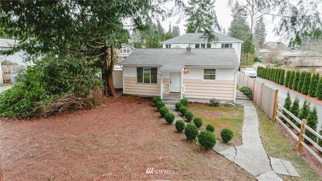 6215 NE 198 Street NE, Kenmore, WA 98028 (#1733313) :: Northern Key Team