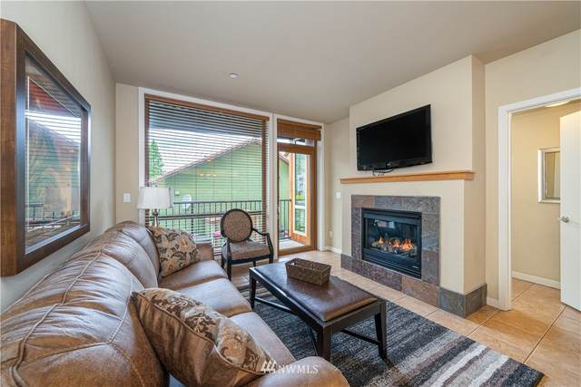 2220 W Woodin Avenue #102, Chelan, WA 98816 (#1733327) :: Better Homes and Gardens Real Estate McKenzie Group