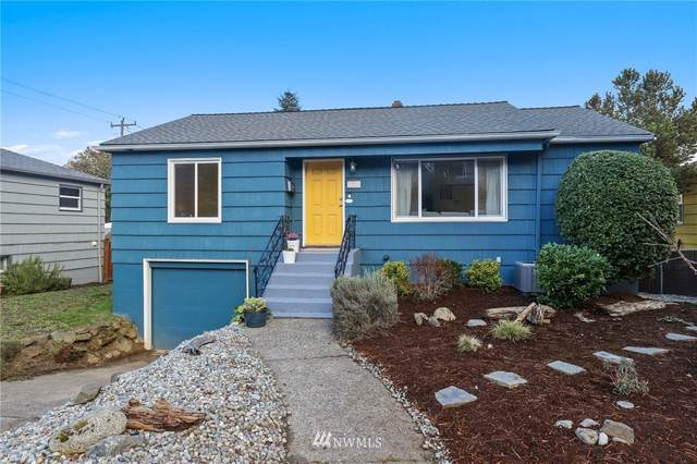 3208 48th Avenue SW, Seattle, WA 98116 (#1733438) :: Shook Home Group