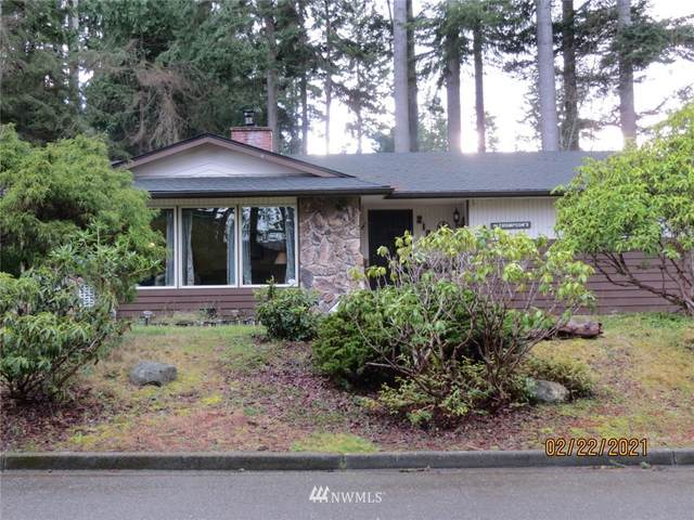 2106 W 8th Street, Port Angeles, WA 98363 (MLS #1733564) :: Brantley Christianson Real Estate
