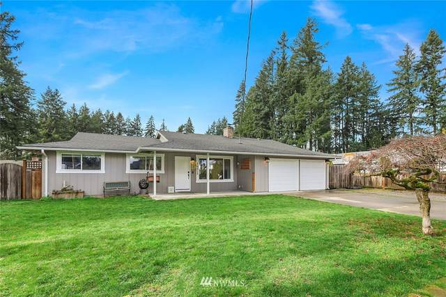 26013 175th Avenue SE, Covington, WA 98042 (#1733700) :: The Original Penny Team