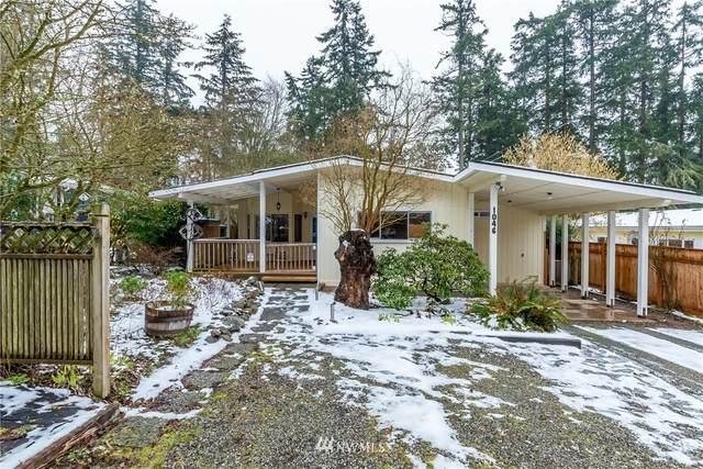 1046 Timber Lane, Freeland, WA 98249 (#1733792) :: Urban Seattle Broker