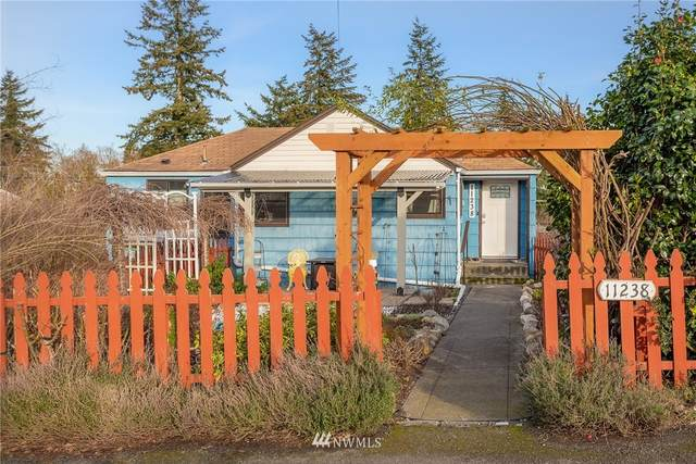 11238 14th Avenue S, Seattle, WA 98168 (#1733977) :: The Snow Group