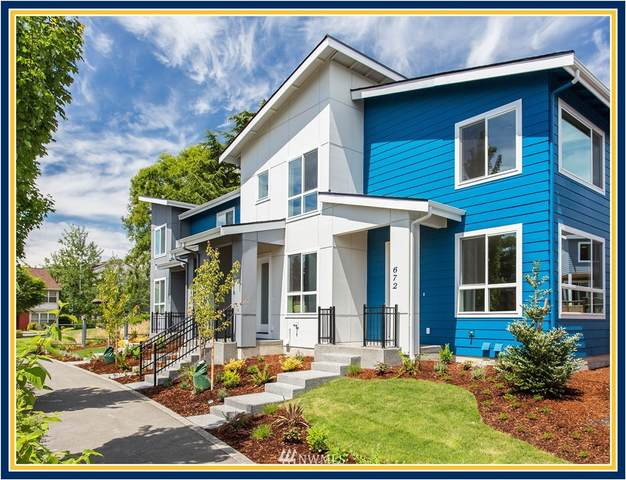 636 SW 100th Street, Seattle, WA 98106 (#1734078) :: NW Home Experts