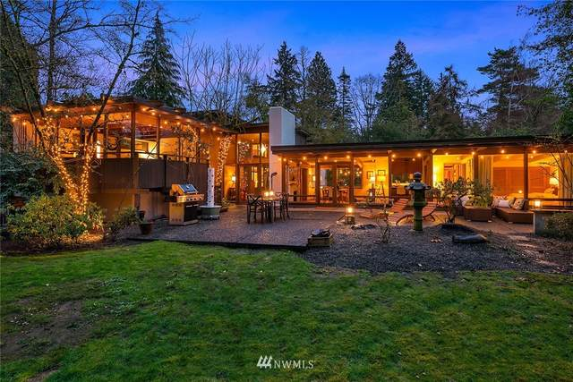 4204 W Mercer Way, Mercer Island, WA 98040 (#1734132) :: Costello Team