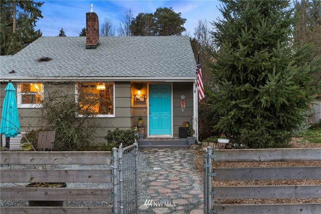11043 Goodwin Way NE, Seattle, WA 98125 (#1734166) :: TRI STAR Team | RE/MAX NW