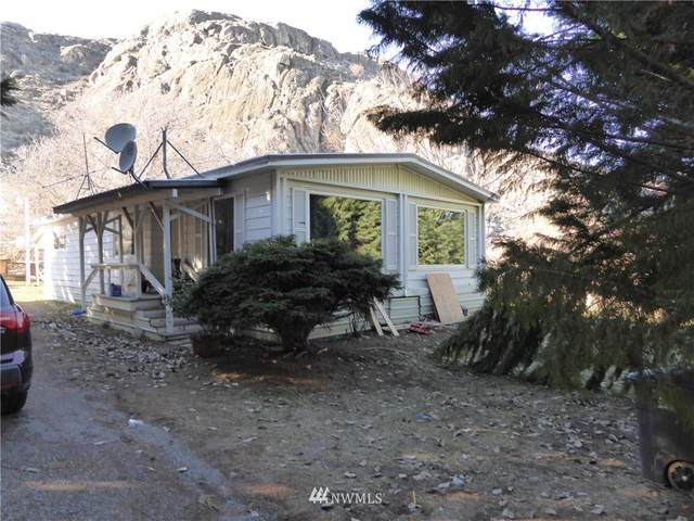 582 B Street, Chelan Falls, WA 98817 (#1734213) :: Shook Home Group