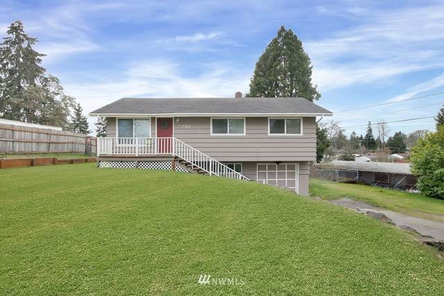 7902 Fairway Drive SW, Lakewood, WA 98498 (#1734263) :: Shook Home Group