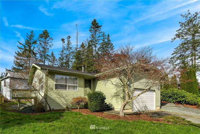 4114 Kingsway, Anacortes, WA 98221 (#1734302) :: NextHome South Sound