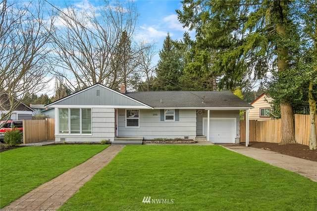 14549 31st Avenue NE, Shoreline, WA 98155 (#1734378) :: Shook Home Group