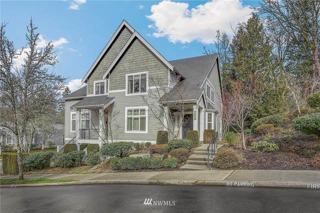 6748 161st Avenue SE B, Bellevue, WA 98006 (#1734595) :: Costello Team