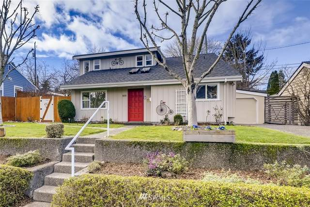 9719 32nd Avenue SW, Seattle, WA 98126 (#1734638) :: Better Homes and Gardens Real Estate McKenzie Group