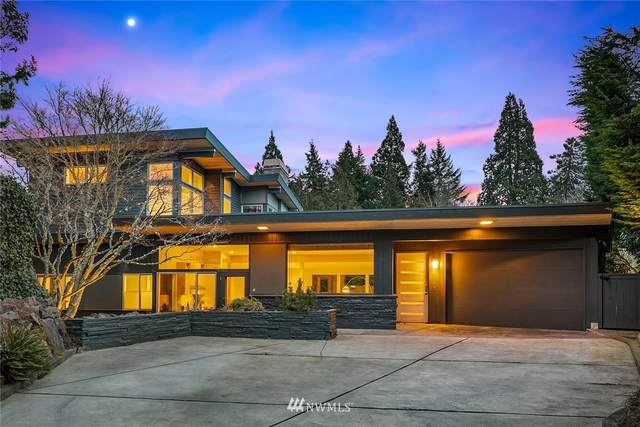 4721 W Roberts Way, Seattle, WA 98199 (#1734663) :: Alchemy Real Estate