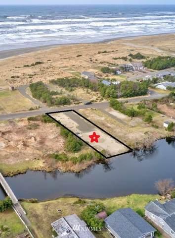 35010 G Street, Ocean Park, WA 98640 (#1734810) :: Canterwood Real Estate Team