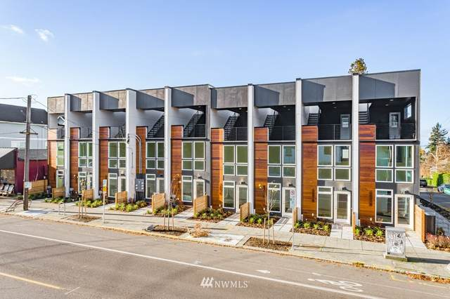 7007 California Avenue SW B, Seattle, WA 98136 (#1735224) :: Shook Home Group
