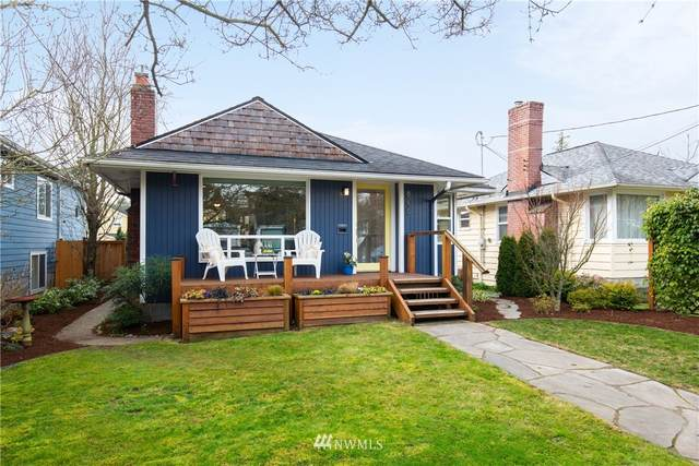 8239 Densmore Avenue N, Seattle, WA 98103 (#1735285) :: Hauer Home Team